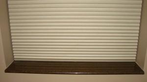 brown window sill